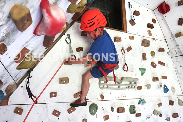 ready to lead climbs – apprendre à grimper en tête